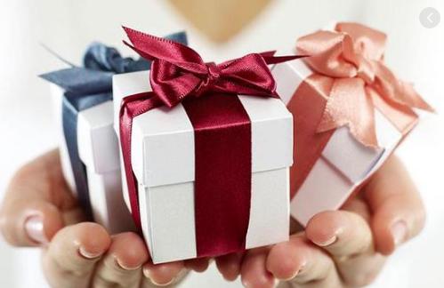 Jangan Sampai Lupa!3 Produk Custom Sebagai Hadiah Ulang Tahun Orang Tercinta