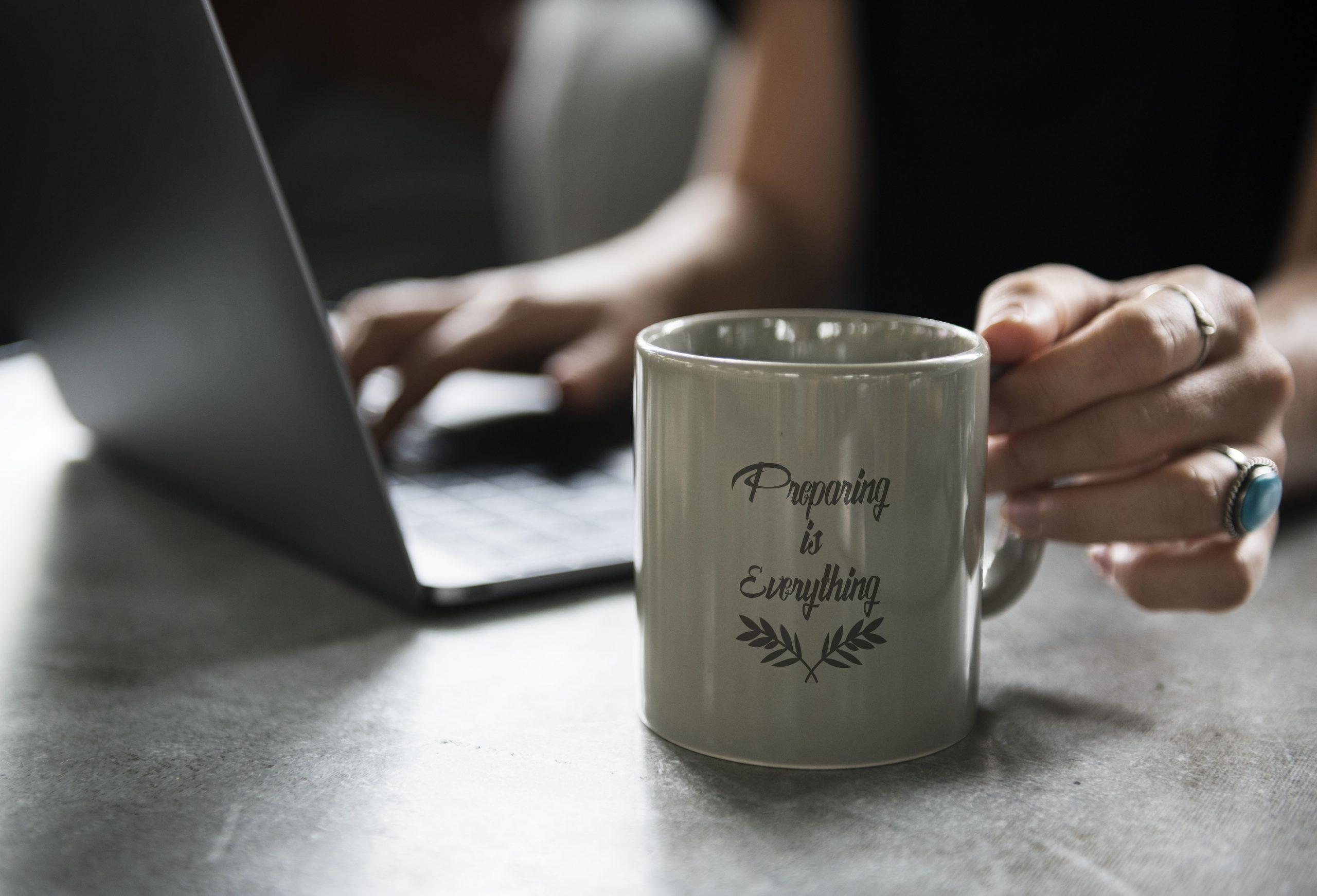 3 Alasan Mug Custom Cocok Untuk Memperkenalkan Bisnis Anda,No. 3 Layak Diperhatikan!